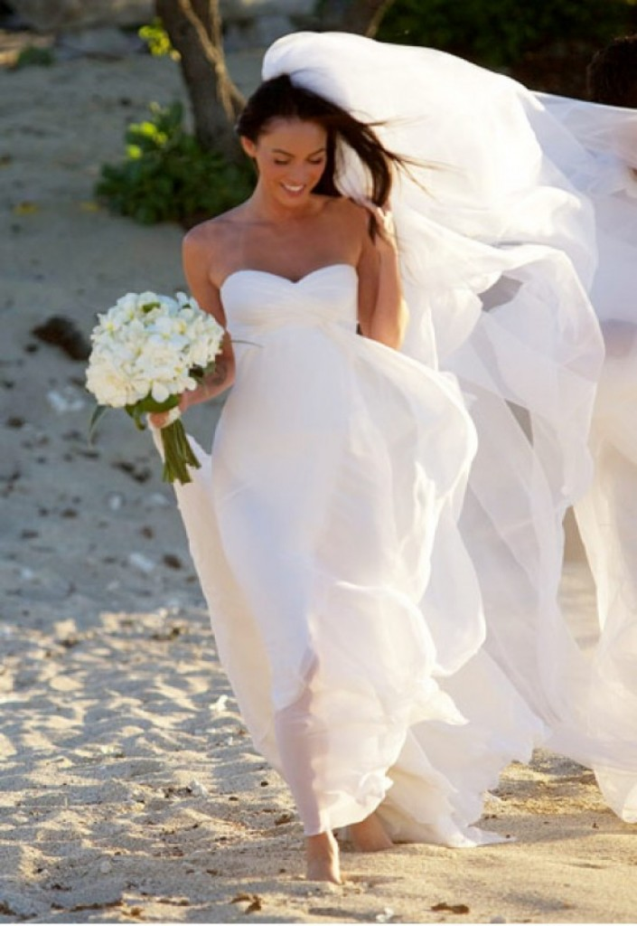 megan-fox-wedding-dress