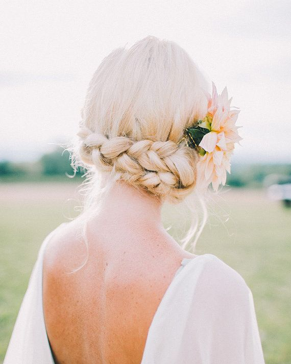 Unique Bridal Hairstyles and Ideas