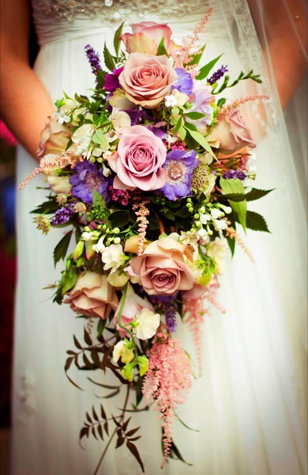 15 Beautiful Wedding Bouquets