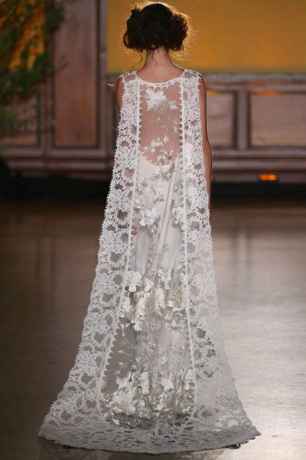 Claire Pettibone Whitney gown (Image - www.clairepettibone.com)
