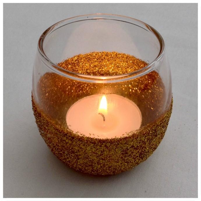 8. GCH Candle Light Border
