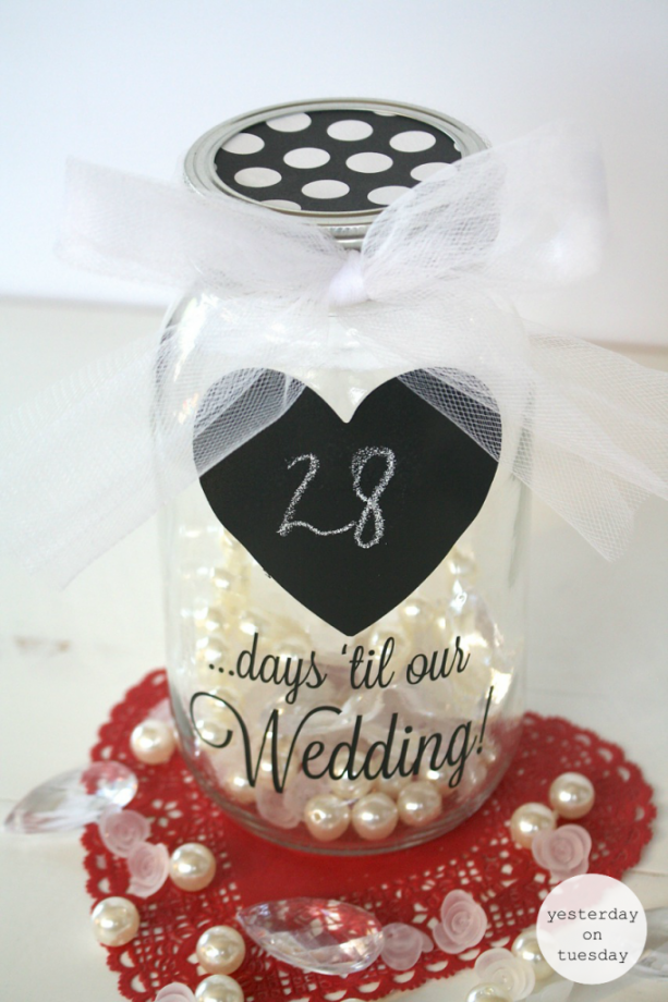Mason Jar Wedding Countdown