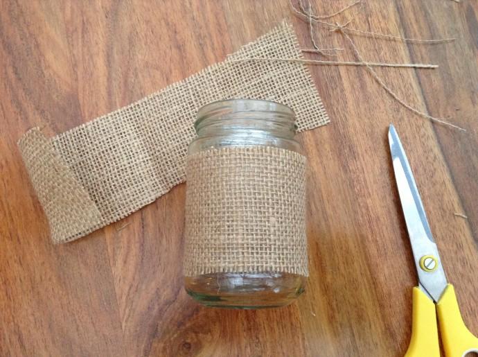Glue the hessian onto the jar