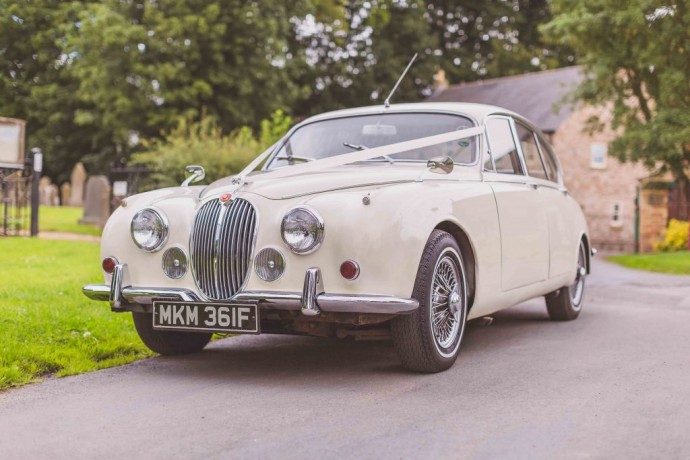 1968-white-jaguar-mkii-0005-small-1024x683