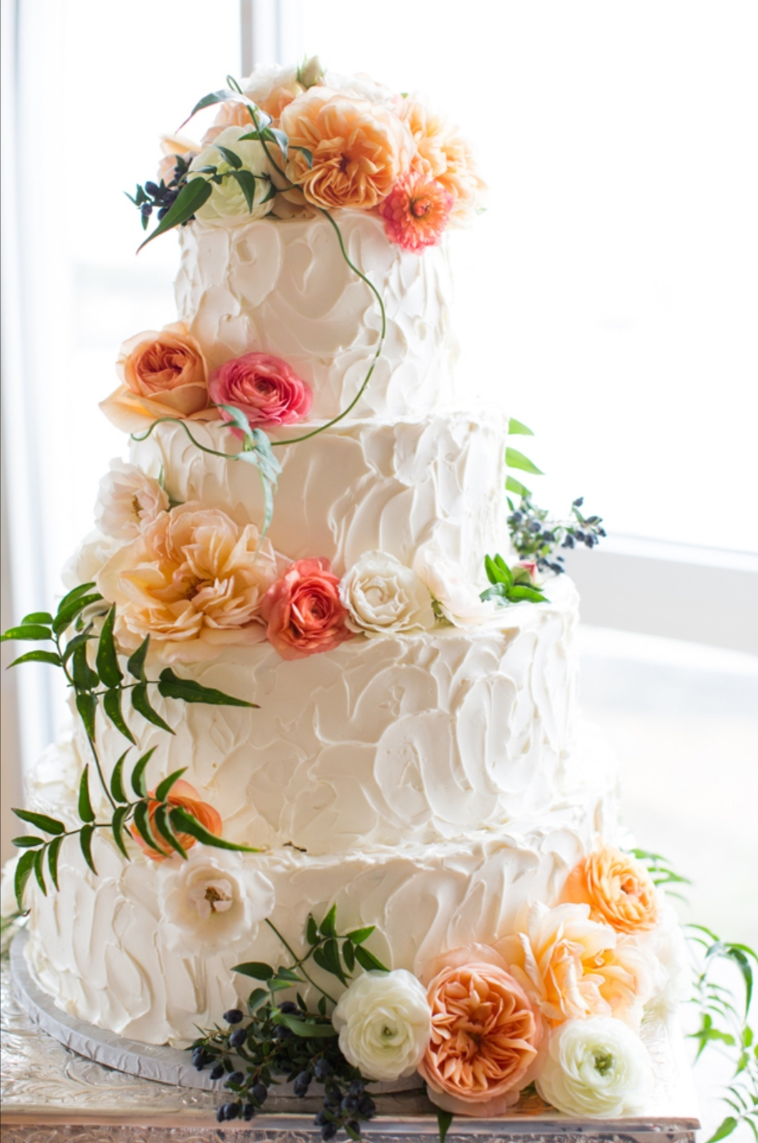Autumn inspired wedding cakes