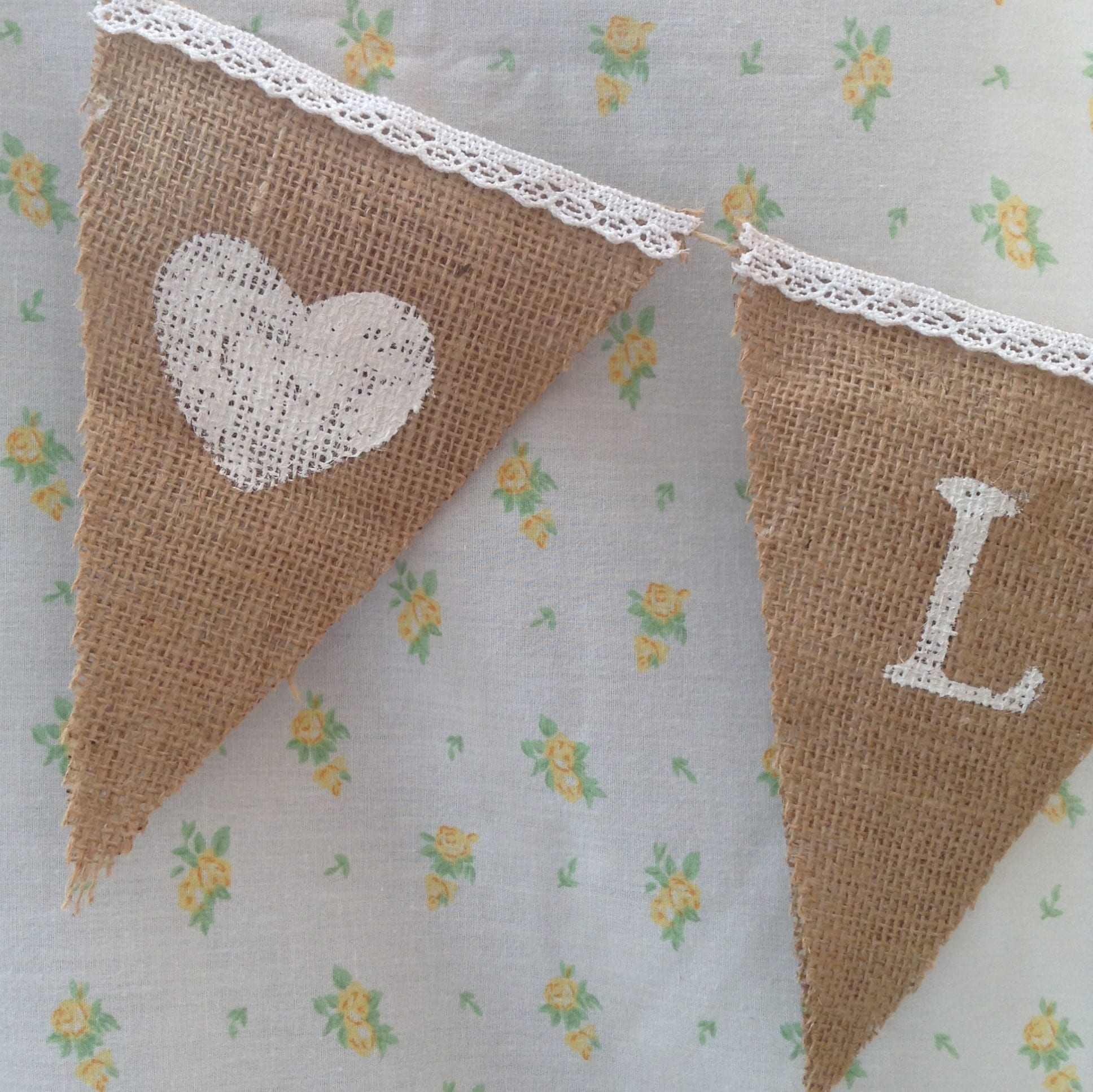 How to make no sew bunting in 7 easy steps
