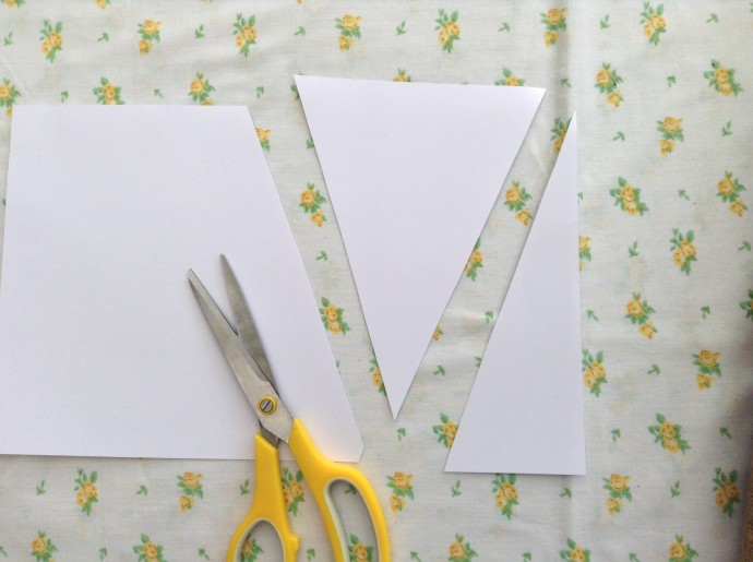 2. Bunting trangle template