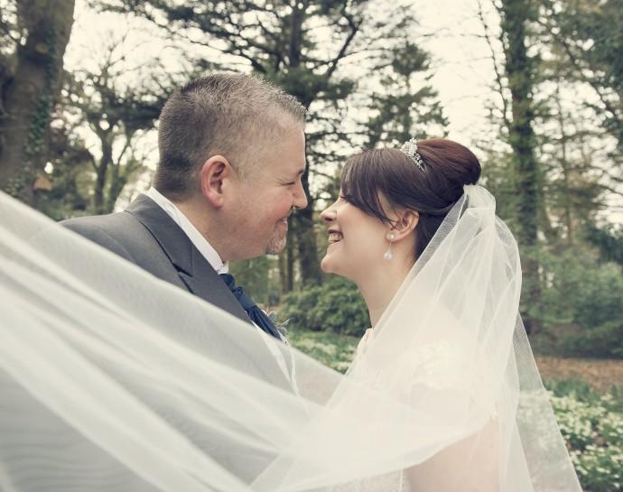 Sarah and Damien Real Wedding Vicki Brotton