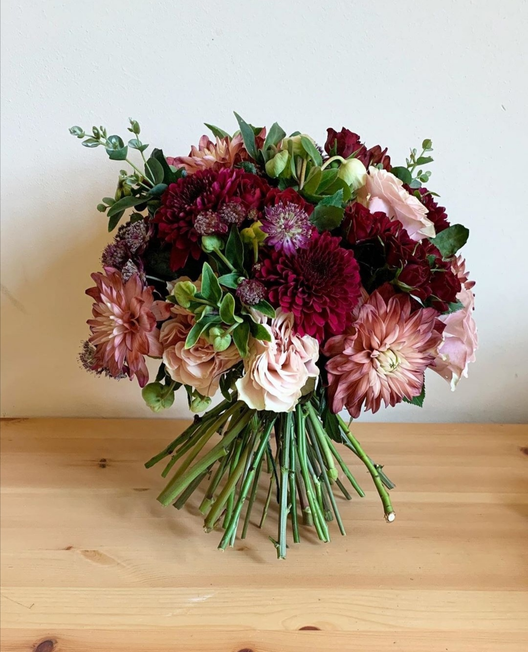 Autumn brides bouquet