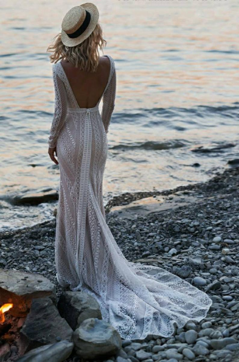 Crochet backless wedding dress