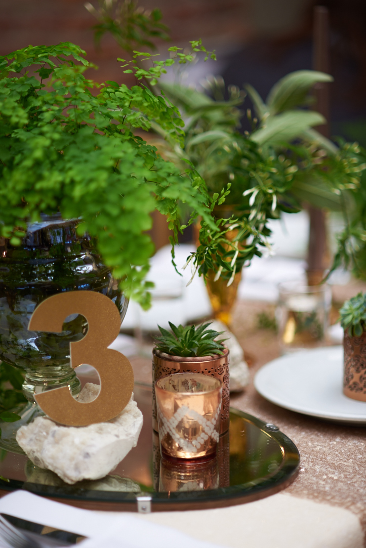 Foliage and Metallics Winter Wedding Theme