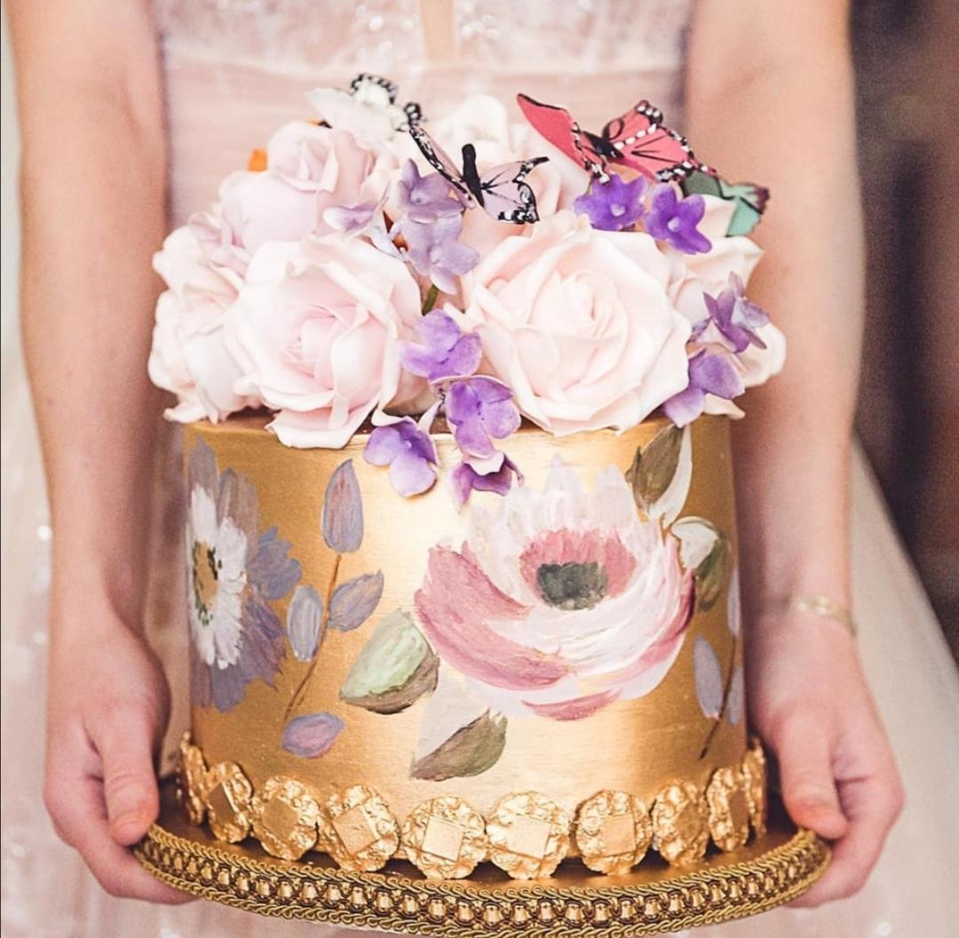 Single Tier gold wedding cake