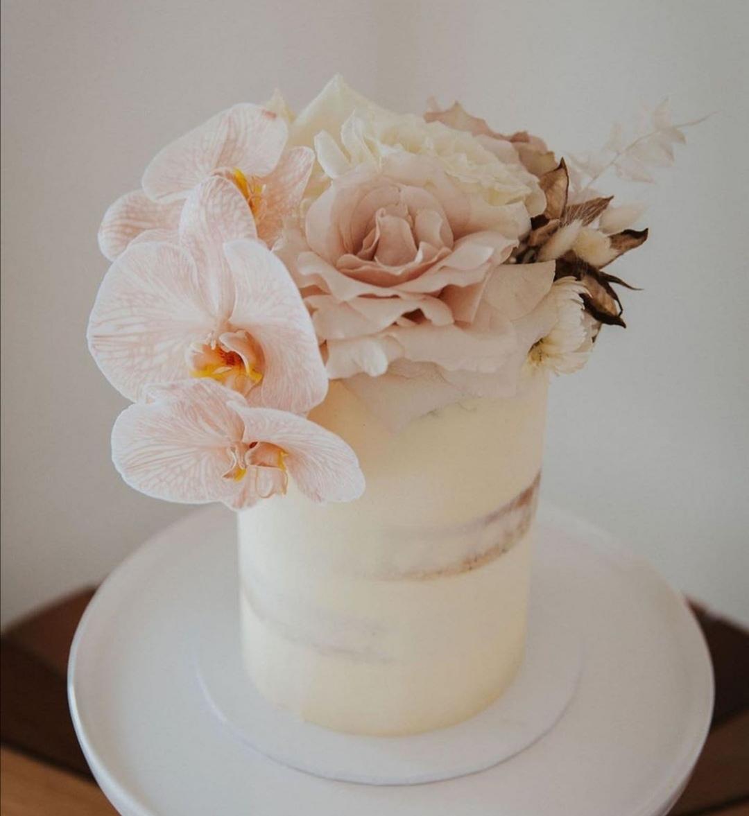 Peach Orchid single tier wedding cake