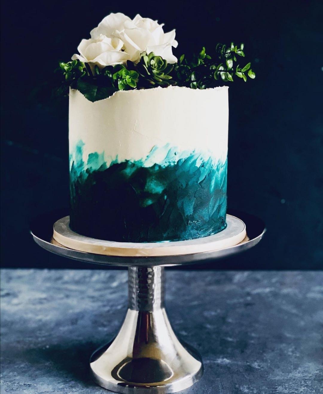 Teale one tier wedding cake
